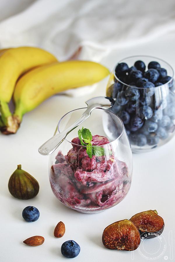 Őszibarack szorbé és áfonya jégkrém a More Juice Press Frozen-nel 3