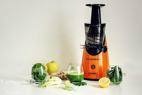 almás gyömbéres spenótos narancsbőr elleni dzsúsz a More Juice Press-szel